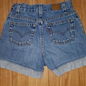 Levi's short vintage style size 10 for girl